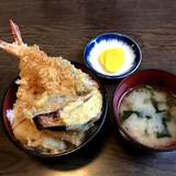 Let's have Japanese traditional food for lunch today!